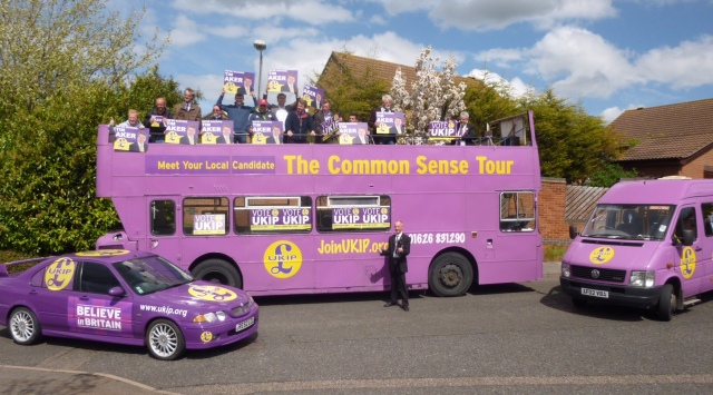 UKIP battle bus Chafford 2