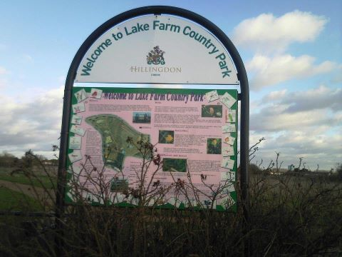 Lake Farm sign