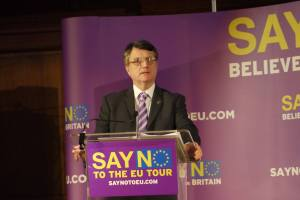 gerard-batten-mep-say-no-to-eu-tour-london